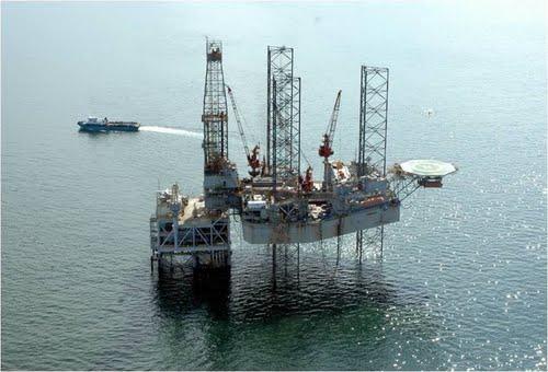 BP_Tangguh_LNG_Offshore_Platform